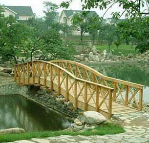 木桥类型:一般作用的木桥类型有木梁桥,木撑架桥和木桁架桥.