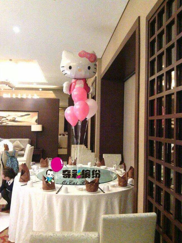 头车气球装饰,楼梯装饰,气球桌花,气球手捧花,新郎新娘造型,气球墙等