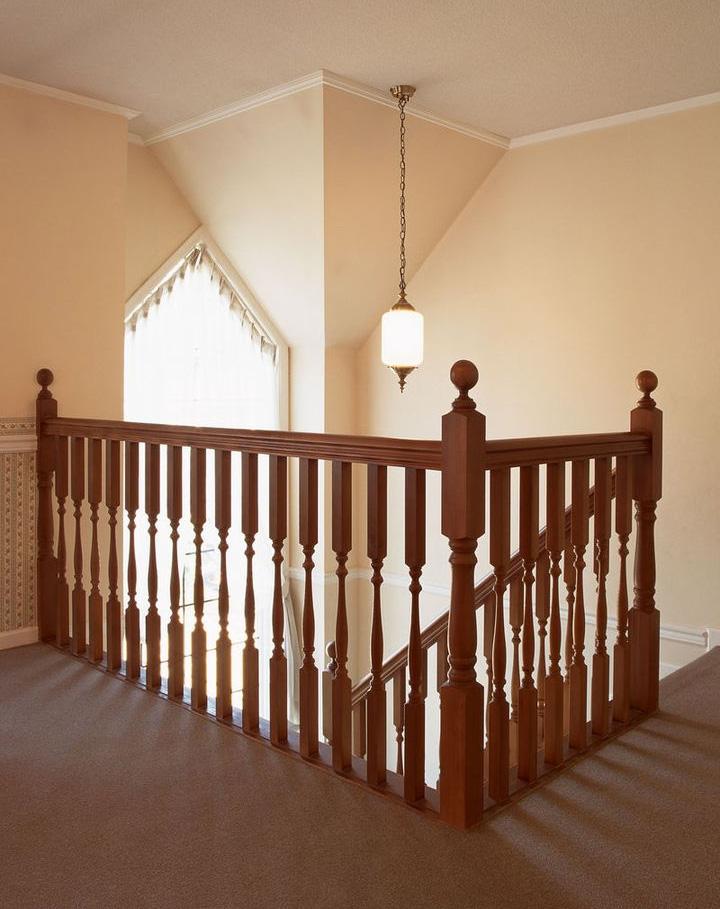 实木别墅楼梯pto43-上海楼梯厂家设计制作别墅实木楼梯,品质过硬,价格