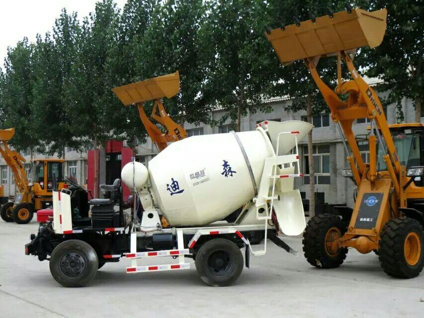 【小型搅拌车】厂家,价格,图片_邢台市迪森机械制造