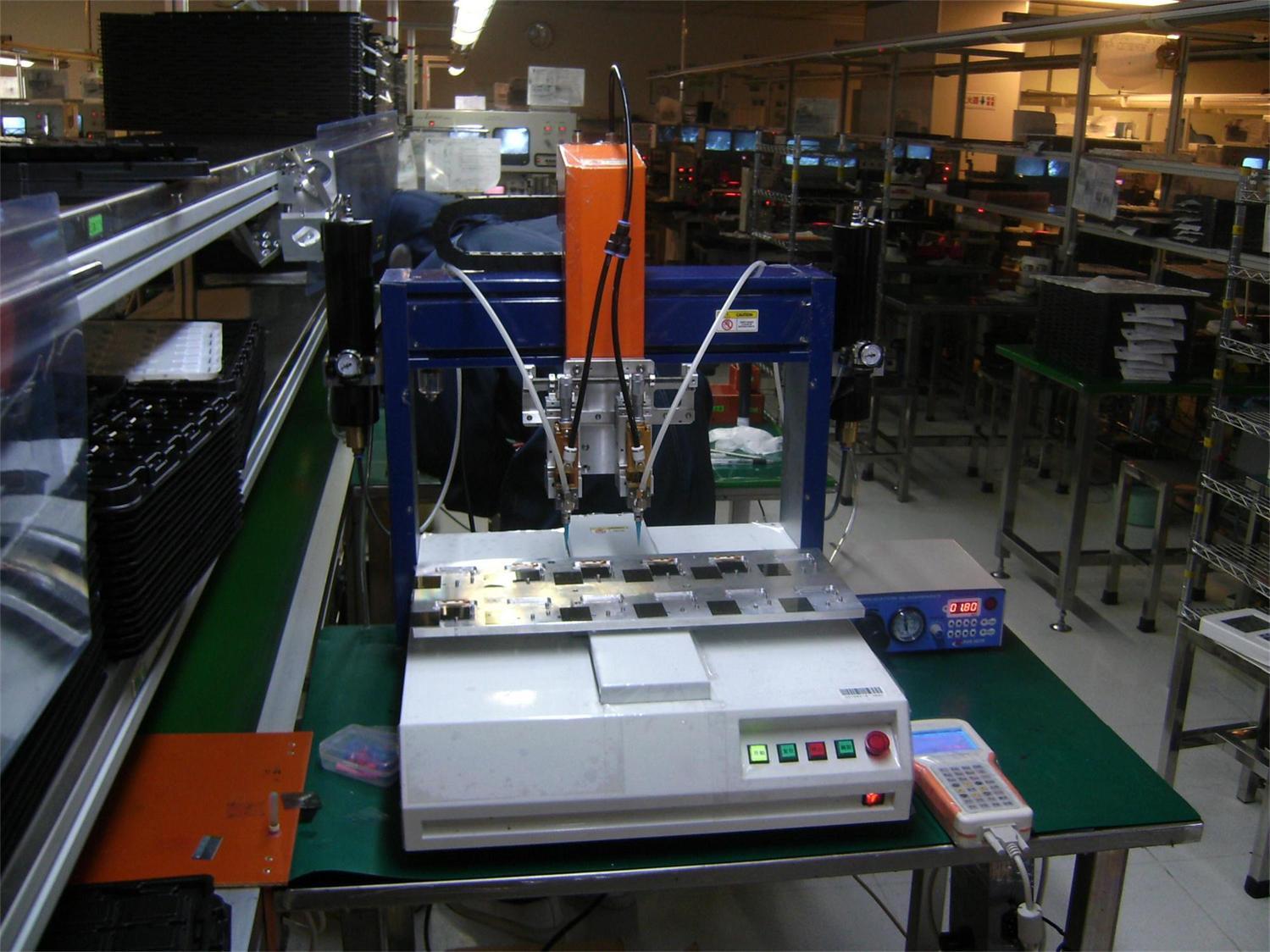 工业机器人,三轴平台,自动点胶机,自动测试机,自动装配机等.