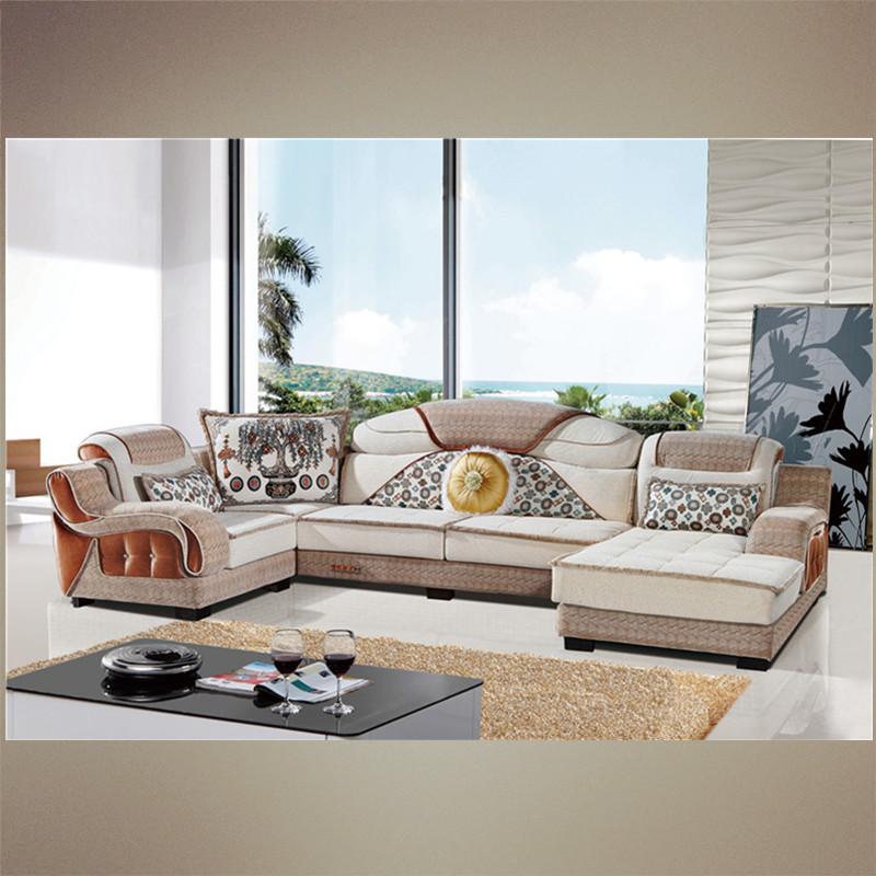 消费者在选购时应尽量选择知名度、美誉度较好的企业生产的沙发。因为品牌一般是消费者在长期使用中认同的,其质量稳定、返修率低、保修期长、且售后服务有保障。 学会了挑选沙发的六个绝招,就能确保你挑选到质量好的沙发。但至于沙发的基调、色彩等方面,则要因人而异了。 成都红房子沙发厂是一家以生产销售、客厅家具为主导的家具企业主要经营产品有成都休闲沙发,成都布艺沙发,成都欧式沙发,欢迎新老客户来电咨询:13980482589!
