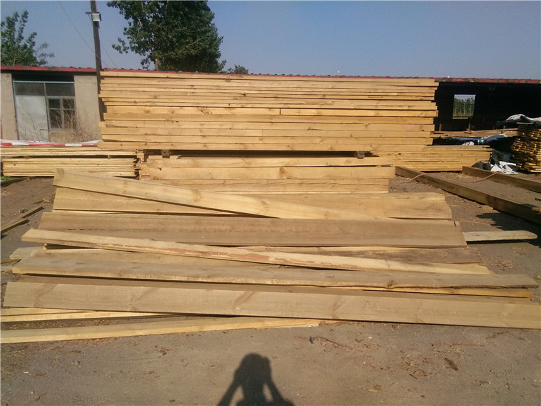 唐山都得利木业  滦县都得利木业位于唐山市滦县东安各庄木材市场,是