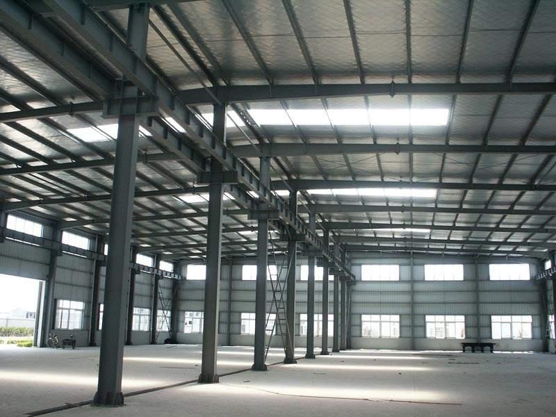我公司承接各种彩钢房工程,钢结构工程,集装箱活动房定做.