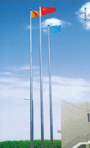 金属建材 风动旗杆        通过强劲的风泵及吹风装置,使旗帜在升降和图片