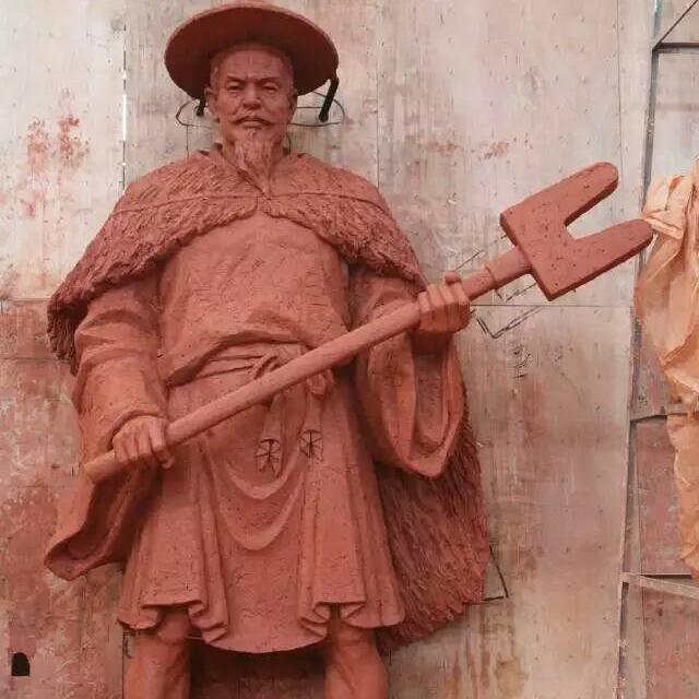 山东泥稿制作人物高3.5米