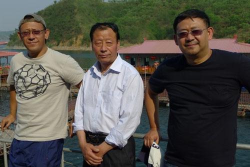 姜文姜武来水寨做客