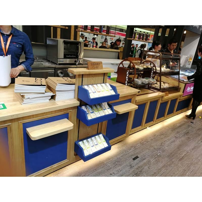 湖南展柜制作公司为客户做好哪些售后工作?