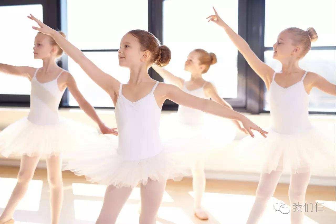 舞蹈出身改演戏,因一角色获好评多年,嫁名导低调幸福成模范夫妻