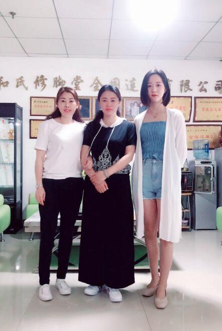 庆祝上海张女士加盟和