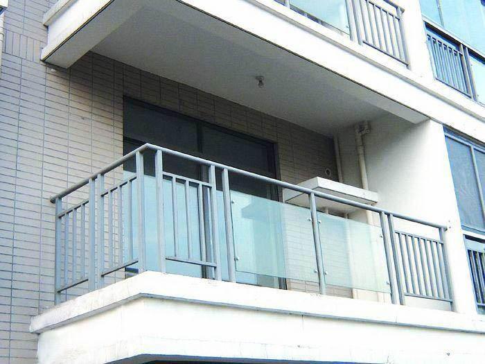 阳台护栏有哪些分类?