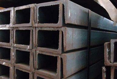 钢板现货市场出现了一次冲击