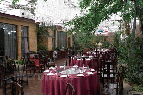 花卉市場)的制作加工及安裝,生態園餐廳(酒店),生態洗浴的設計,制作