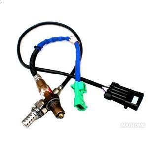 汽车氧传感器安装在什么部位 汽车氧传感器的安装位置高清图片