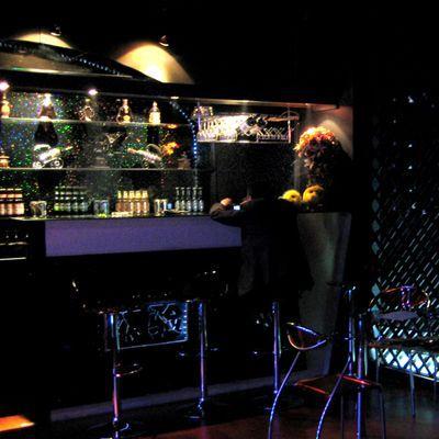 黑暗餐厅_巨鲸肚黑暗餐厅_蝙蝠侠黑暗骑士