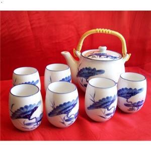 手绘青花茶具