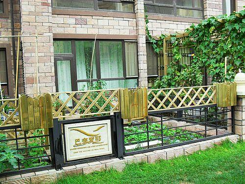 """宁乡艺术围栏""""修长高贵的立柱,锐利的腰 湖南财神道欧式构件艺术围栏"""