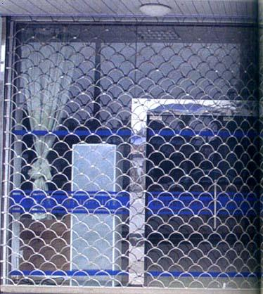 不锈钢网型门