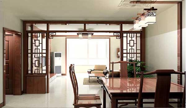 厅里摆一套明清式的红木家具,墙上挂一幅中国山水画等,传统的书房里