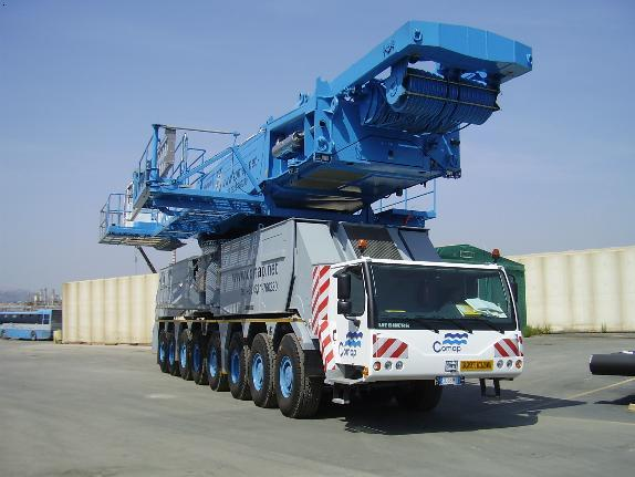 汽车吊:德国利勃海尔300吨,225吨,100吨,120吨,日本多田野50,30t,25t