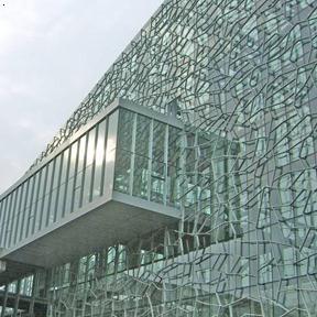 山东弯钢玻璃厂家,山