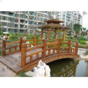 防腐木拱桥图片