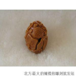 双鱼荷花 橄榄; 双鱼荷花 橄榄核雕 橄榄核雕刻 橄榄核雕 橄榄核雕刻