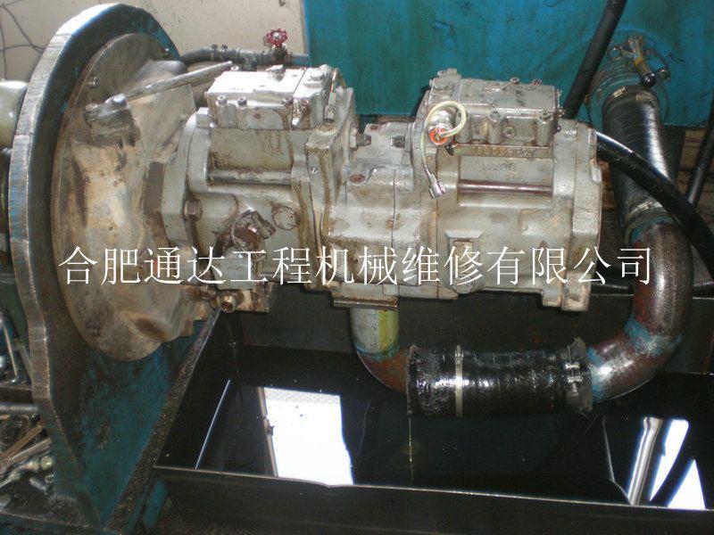 挖掘机液压泵修理图片