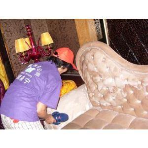 布艺沙发怎么清洗啊?