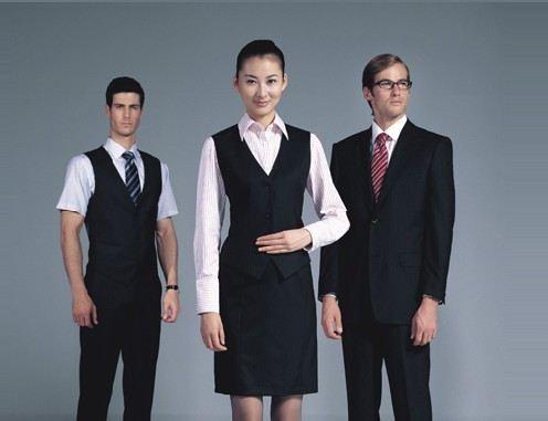 女西服套装目前产品已全面进入全国各大