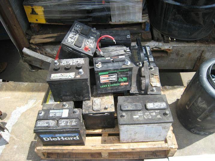深圳南山收购废电池,汽车电池回收图片