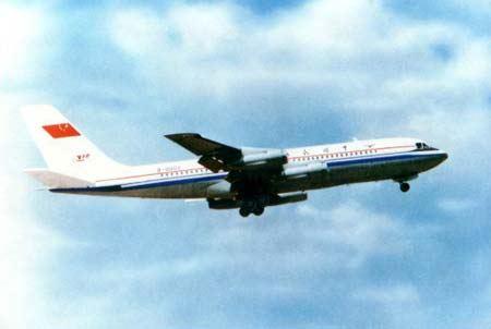 本公司航班查询系统与深圳国际机场航班时间是联网同步的,准时准点