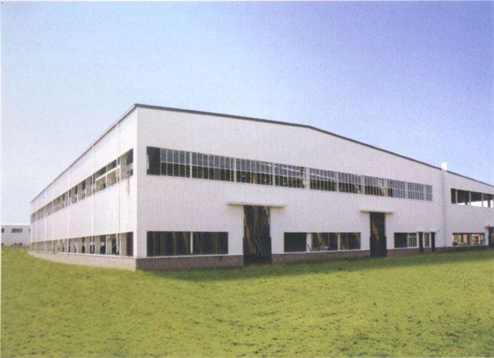 重庆益鑫smc复合材料生产线厂房轻钢结构
