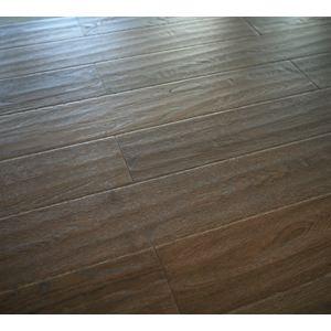 柞木三层实木复合地板