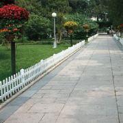 静电喷涂草坪护栏,白色漆草坪栏杆