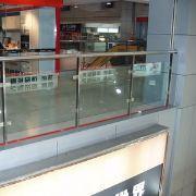装配式夹玻璃阳台护栏,静电喷涂工艺长期防腐