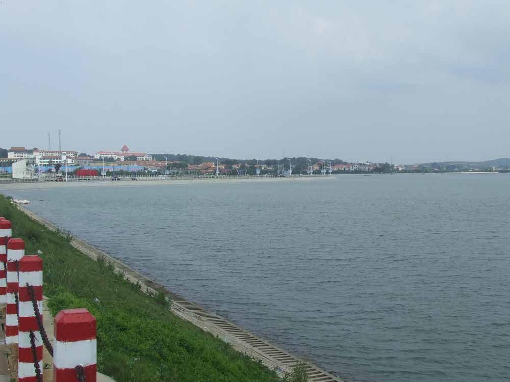 牟平养马岛景区护海大堤