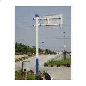 专业生产小区监控杆交通标志杆 人行道立柱杆 红绿灯杆标高清图片