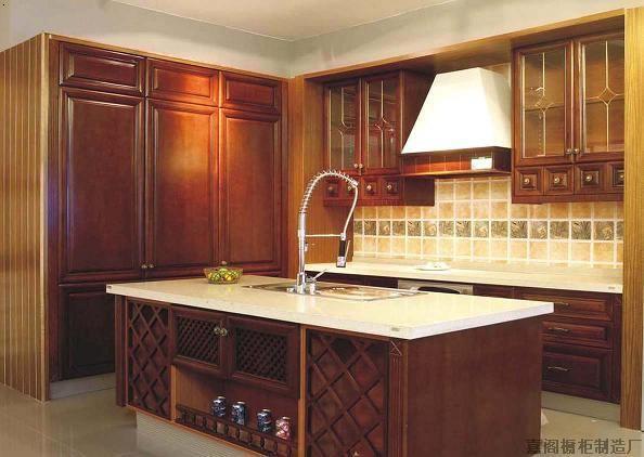 长沙橱柜厂由实木橱柜台面板
