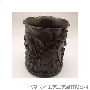 产品首页 礼品,工艺品,饰品 礼品,工艺品,饰品设计 黑檀雕花笔筒