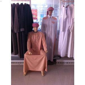 舞晨我公司还有各种少数民族的服饰,装饰精美,做工精细,是您的