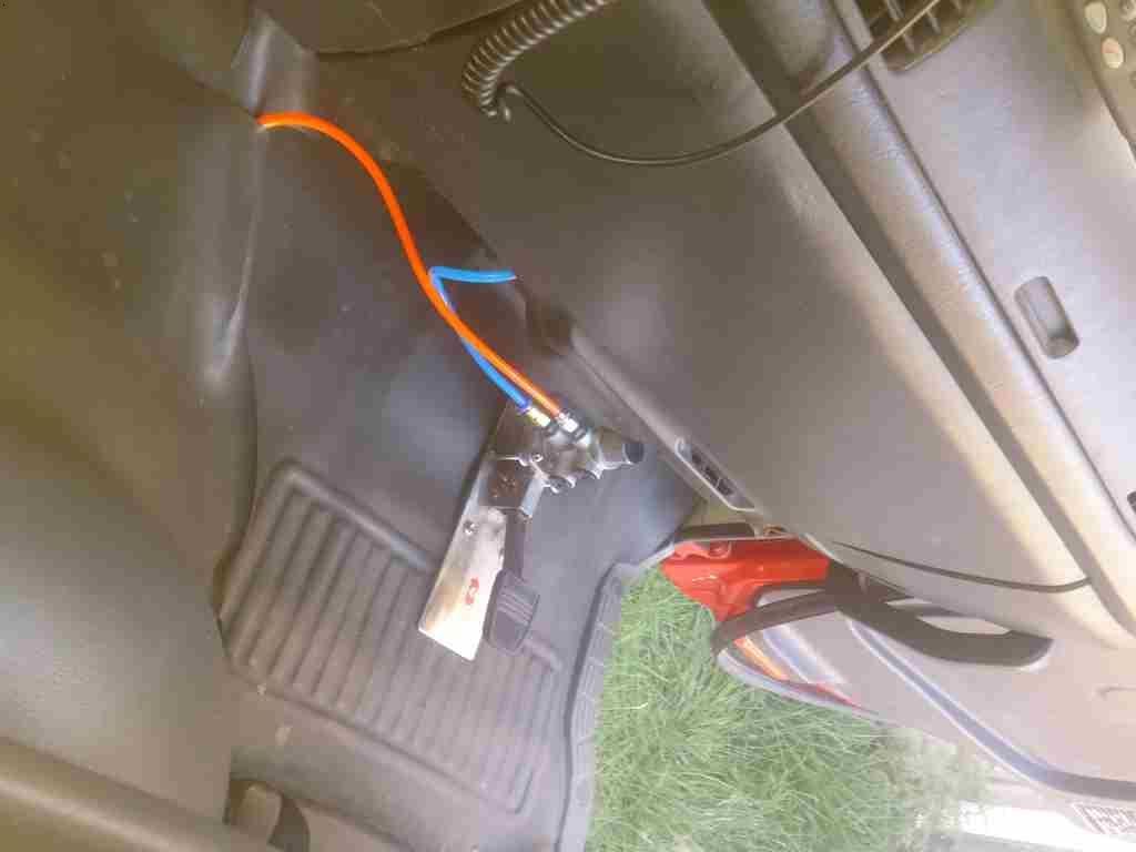 卡车货车专用气压式汽