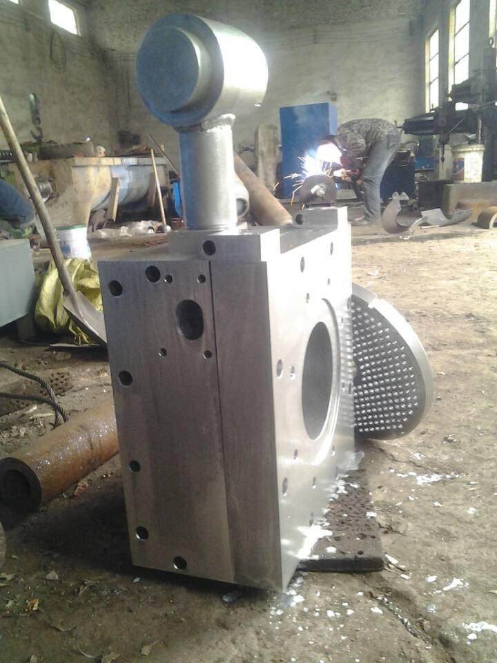 自动排渣机