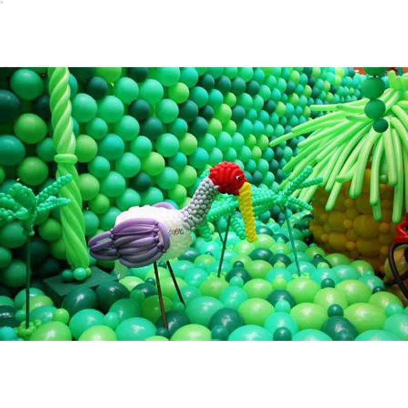 动物舞会主题墙