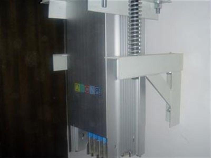 母线槽安装支架