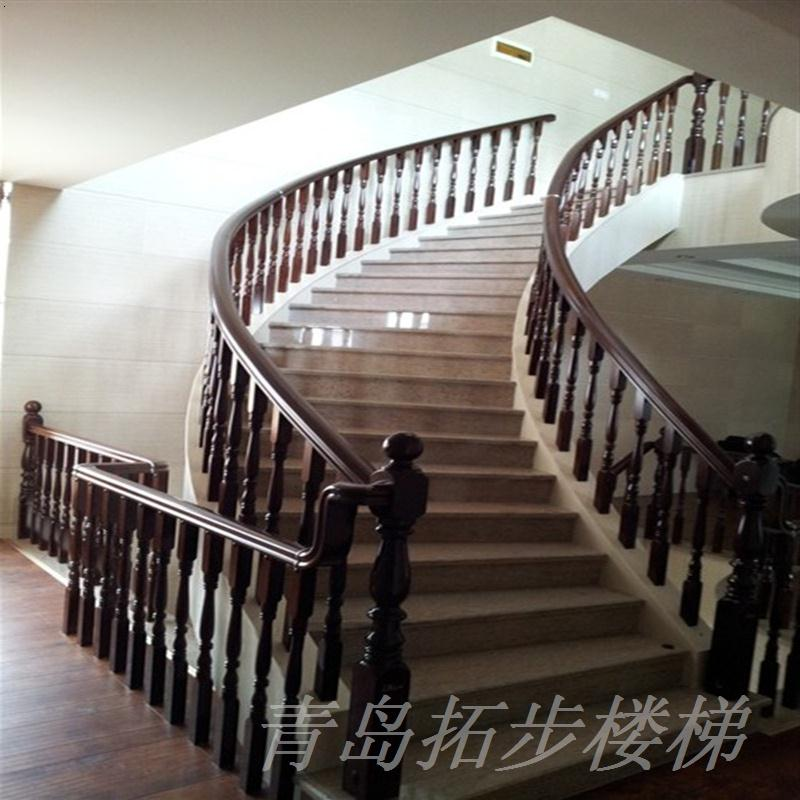 青岛实木楼梯