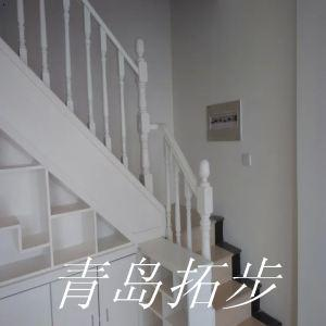 青岛钢木楼梯-2