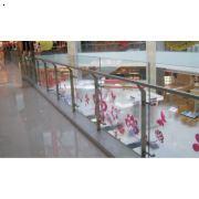 河南郑州玻璃护栏哪家好|玻璃护栏最便宜