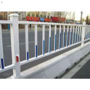道路护栏哪家好 道路护栏哪家便宜 郑州道路护栏批发 郑州道路护栏生产厂家