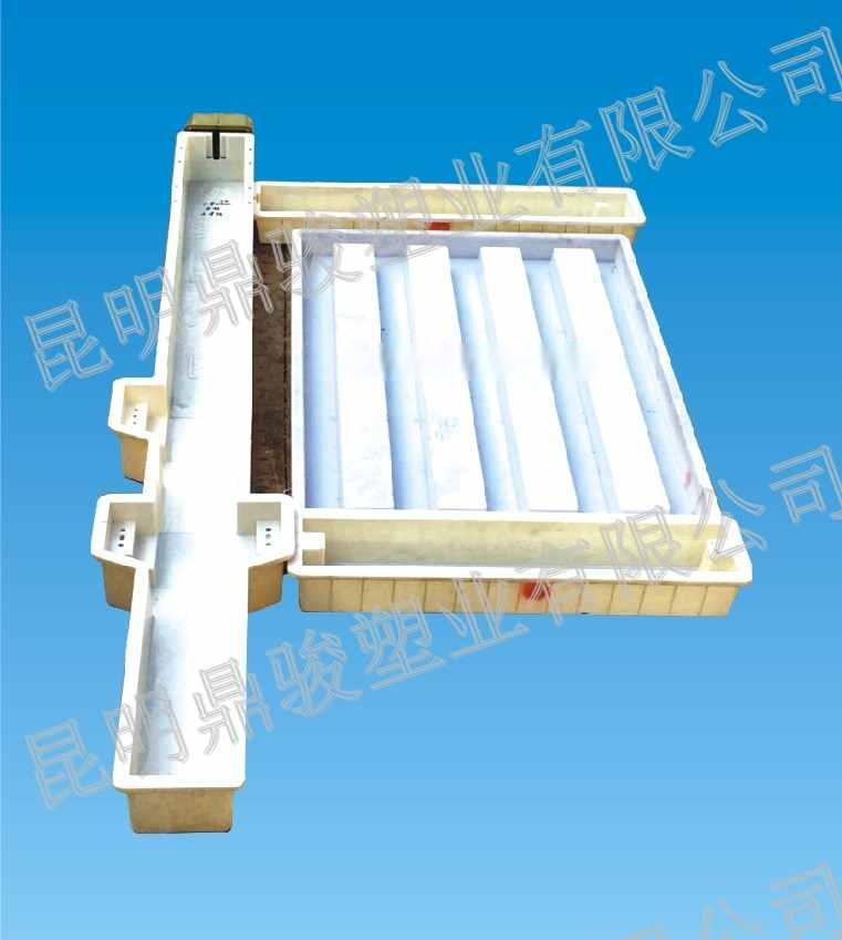 铁路路基防护栅栏、防护栅栏塑料模具、铁路水泥围栏预制模盒